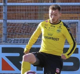 Jann Martin Mortensen longt sáttmálan